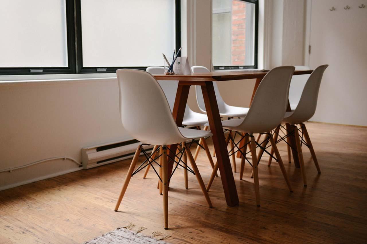 mesa en habitación